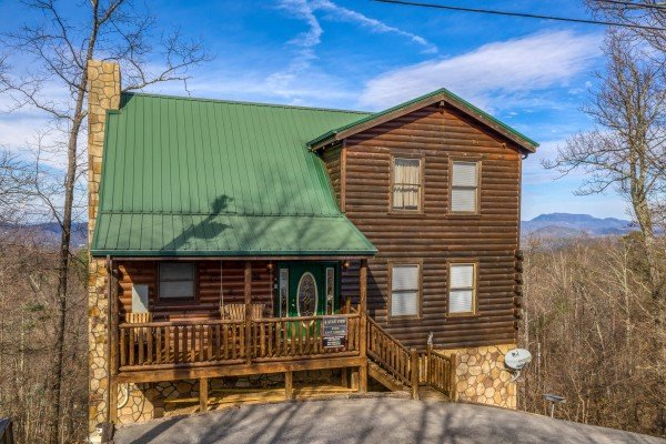 5 Star View, a 3 bedroom cabin rental located in Gatlinburg