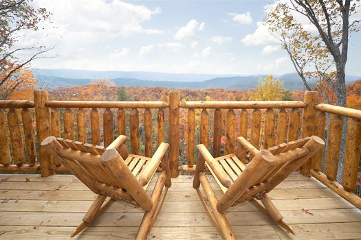 Panoramic vistas at 5 Star View, a 3 bedroom cabin rental located in Gatlinburg