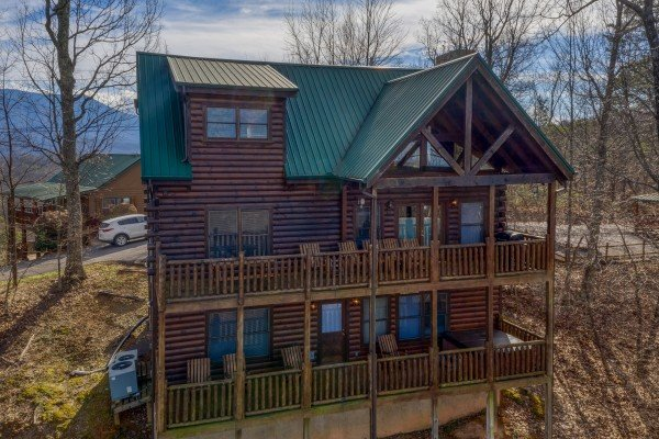 Rear exterior view at 5 Star View, a 3 bedroom cabin rental located in Gatlinburg