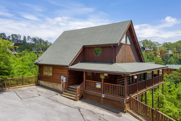 Azalea Point, a 2 bedroom cabin rental located in Pigeon Forge