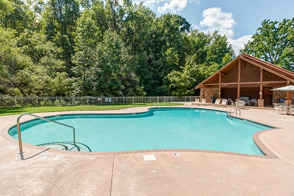 clubhouse and pool at alpine mountain village at amazing journey a 5 bedroom cabin rental located in pigeon forge