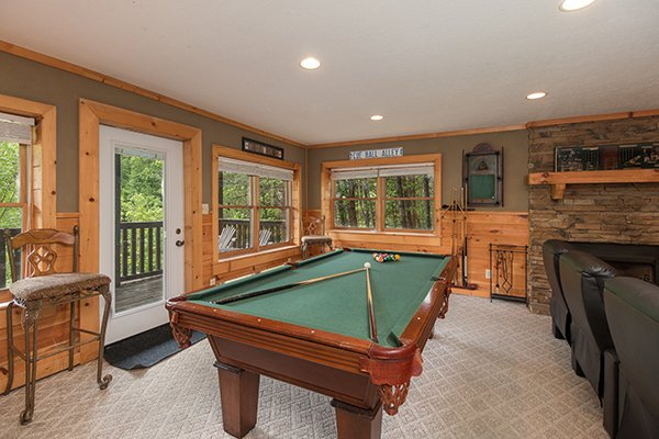 pool table in the theater room at amazing journey a 5 bedroom cabin rental located in pigeon forge