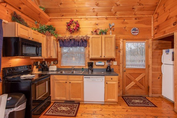 Kitchen at Patriot Inn, a 1 bedroom Gatlinburg cabin rental