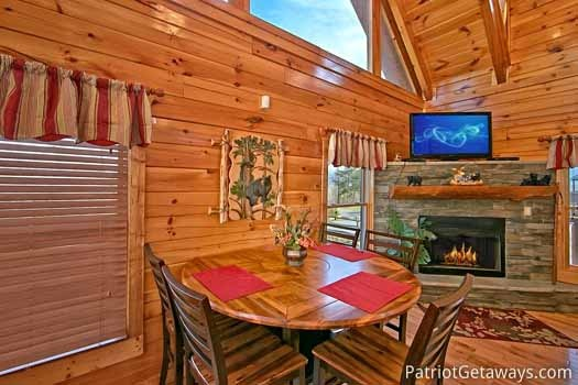 Dining area at Tree Top Lodge, a 3 bedroom cabin rental located in Gatlinburg