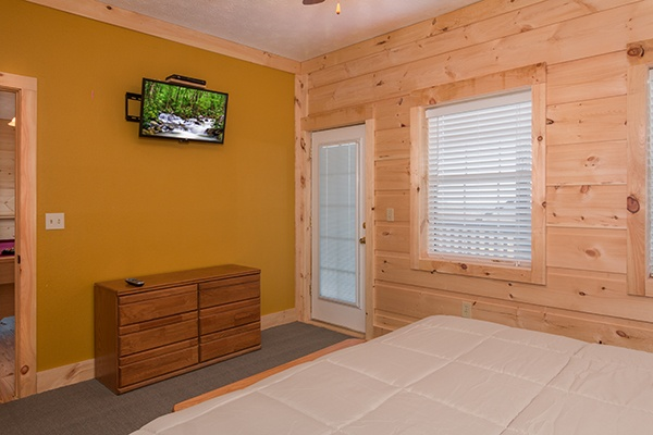 at smoky mountain high a 6 bedroom cabin rental located in gatlinburg