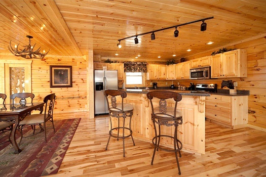 kitchen island at big bear cove a 3 bedroom cabin rental located in gatlinburg