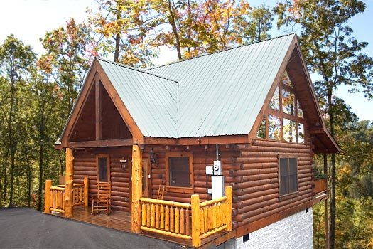 Front exterior view at Moose Tracks, a 1 bedroom cabin rental located in Gatlinburg