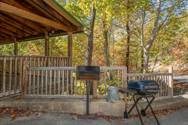 Charcoal grills at Alone Time, a 1 bedroom cabin rental located in Pigeon Forge