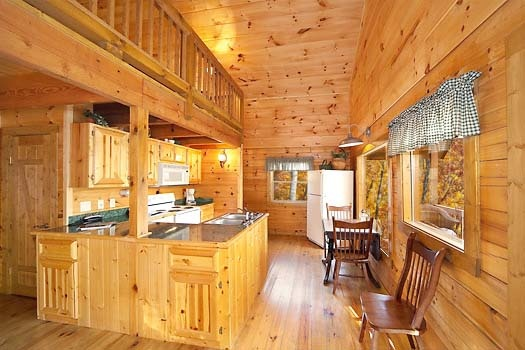 kitchen at licklog hollow a 1 bedroom cabin rental located in pigeon forge