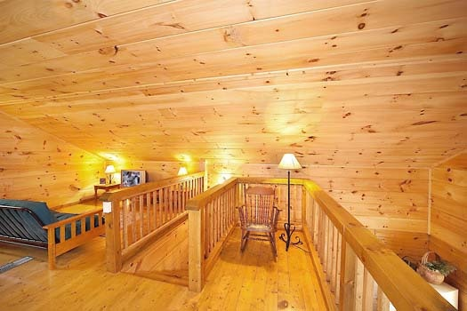 loft at licklog hollow a 1 bedroom cabin rental located in pigeon forge