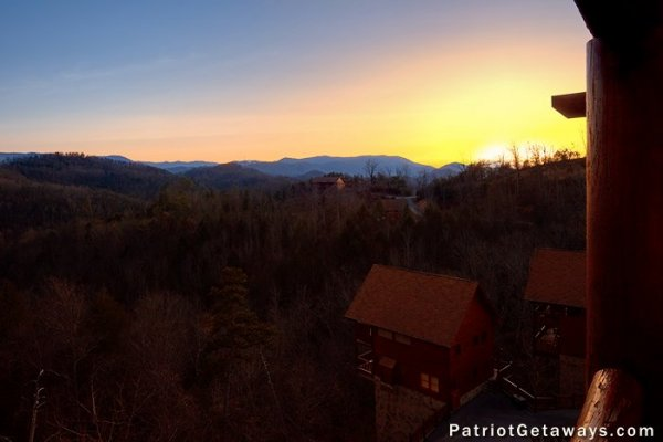 The view at sunset at The Big View, a 4 bedroom cabin rental located in Pigeon Forge
