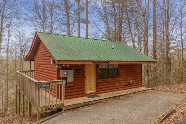 Country Getaway, a 1 bedroom cabin rental located in Pigeon Forge