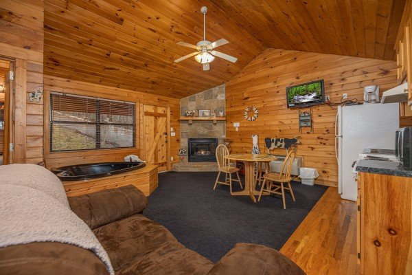 Studio concept at Country Getaway, a 1 bedroom cabin rental located in Pigeon Forge