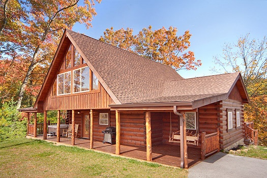 Looky Yonder, a 2 bedroom cabin rental located in Gatlinburg