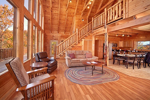 living room at looky yonder a 2 bedroom cabin rental located in gatlinburg