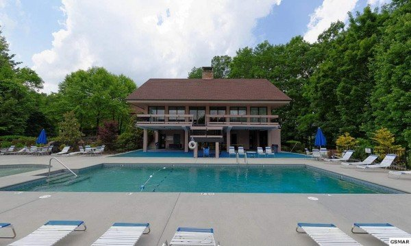 Pool and clubhouse access at Under Ober, a 3 bedroom cabin rental located in Gatlinburg