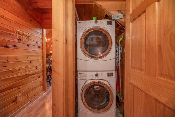 Laundry space at Grand View, a 3 bedroom cabin rental located in Sevierville