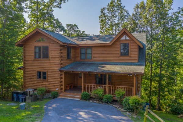 Majestic Mountain, a 4 bedroom cabin rental located in Pigeon Forge