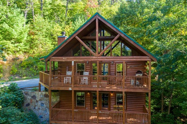 Highland Moose, a 2 bedroom cabin rental located in Pigeon Forge