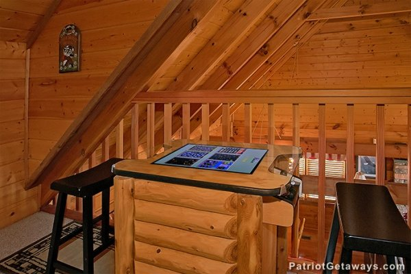 Multicade arcade games at Eagle's View Lodge, a 3-bedroom cabin rental located in Gatlinburg