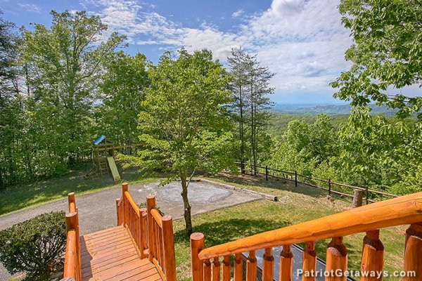 Steps up to the cabin from the parking area at Eagle's View Lodge, a 3-bedroom cabin rental located in Gatlinburg