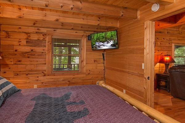 at bear mountain a 2 bedroom cabin rental located in pigeon forge