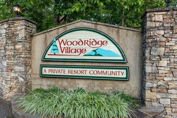Woodridge Village is where you'll find Ain't Misbehaven, a 1 bedroom cabin rental located in Pigeon Forge
