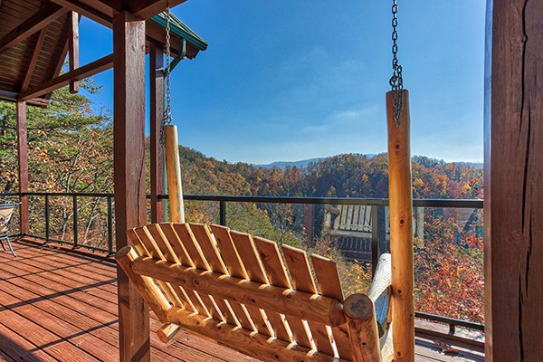 at falcon's view a 2 bedroom cabin rental located in pigeon forge
