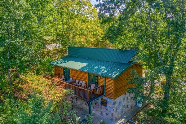 Pine Splendor, a 5 bedroom cabin rental located in Pigeon Forge
