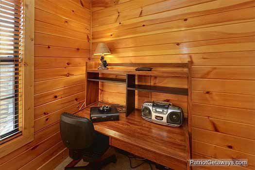 Desk area on second floor at Pine Splendor, a 5 bedroom cabin rental located in Pigeon Forge