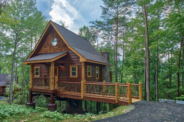 Entryway bridge at Smoky Mountain Treehouse, a 1 bedroom cabin rental located in Gatlinburg
