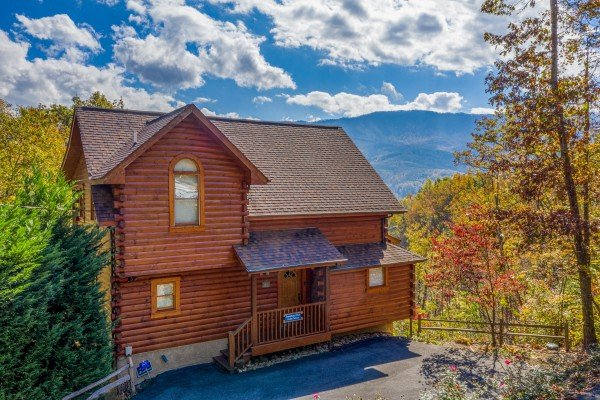 Sensational Views, a 3 bedroom cabin rental located in Gatlinburg