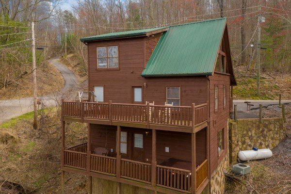 Rear exterior of the cabin at Smoky Mountain Mist, a 3 bedroom cabin rental located in Gatlinburg