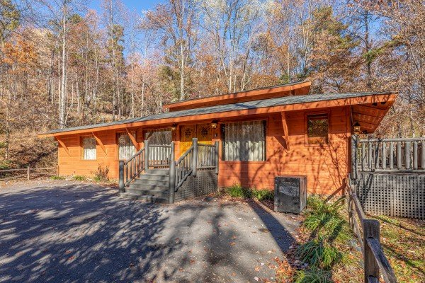 La Dolce Vita, a 4 bedroom cabin rental located in Gatlinburg