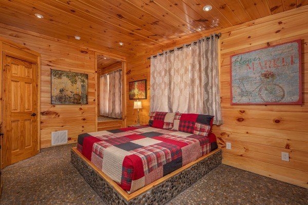 First bedroom amenities at La Dolce Vita, a 4 bedroom cabin rental located in Gatlinburg