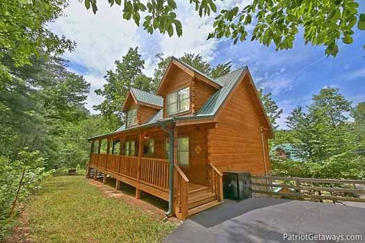 fox ridge a 3 bedroom cabin rental located in pigeon forge