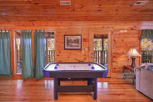 air hockey table in third floor game room at hickernut lodge a 5 bedroom cabin rental located in pigeon forge