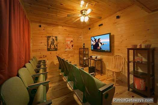 theater room at hickernut lodge a 5 bedroom cabin rental located in pigeon forge
