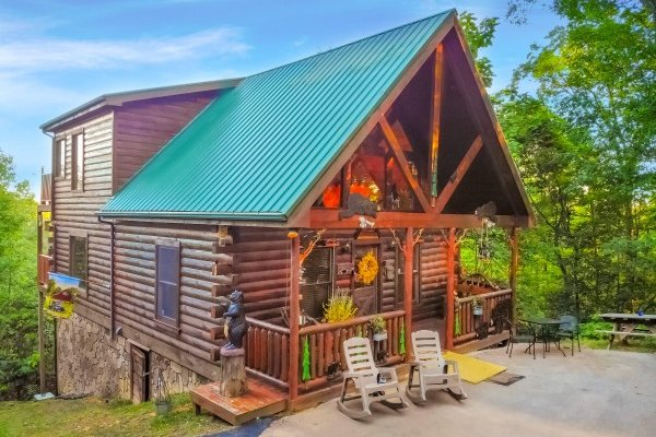 Sweet Serenity, a 2 bedroom cabin rental located in Gatlinburg