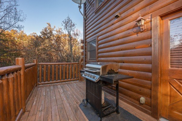 Grill on the deck at Big Bear Cub House, a 1-bedroom rental located in Gatlinburg