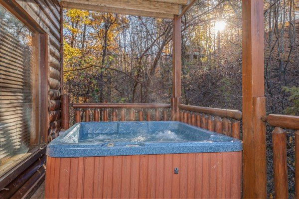 Hot tub on the deck at Big Bear Cub House, a 1-bedroom rental located in Gatlinburg