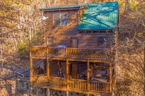 Big Bear Cub House, a 1-bedroom rental located in Gatlinburg