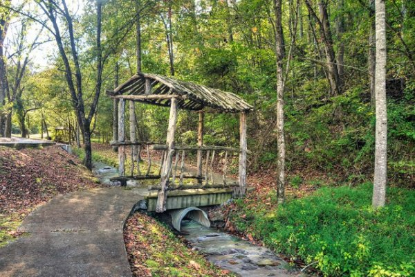 Nature trail at Alpine Mountain Village for guests of Hidden Hideaway, a 3-bedroom cabin rental located in Pigeon Forge