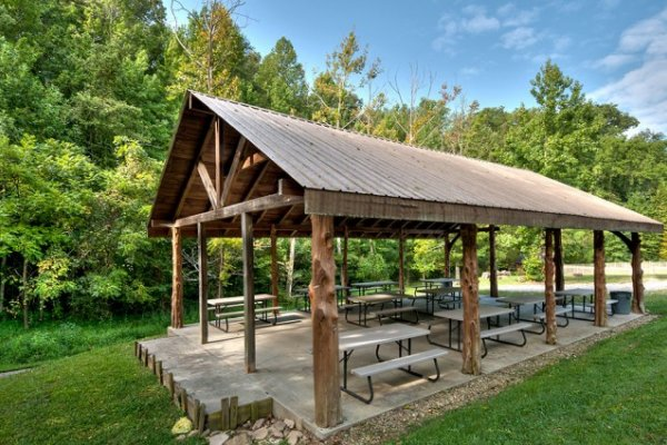 Alpine Mountain Village picnic pavilion for guests at Hidden Hideaway, a 3-bedroom cabin rental located in Pigeon Forge