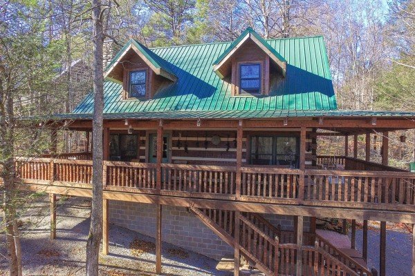 Sassafras Lodge, a 3 bedroom cabin rental located in Gatlinburg