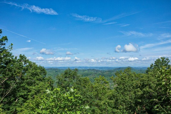 panoramic mountain view at america's view a 2 bedroom cabin rental located in pigeon forge
