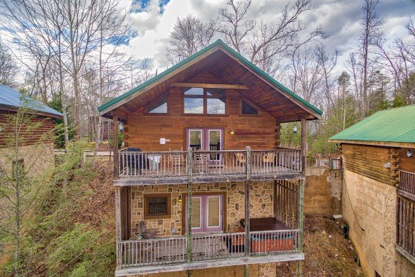 Looking back at Precious View, a 1 bedroom cabin rental located in Gatlinburg