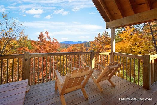 Back deck chairs at Southern Comfort Inn, a 4 bedroom cabin rental located in Pigeon Forge