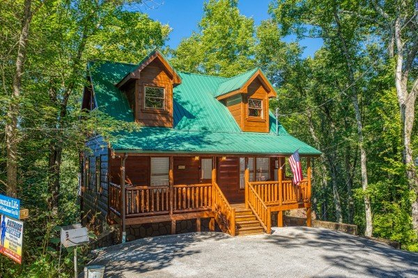 Mountain Life, a 1 bedroom cabin rental located in Pigeon Forge