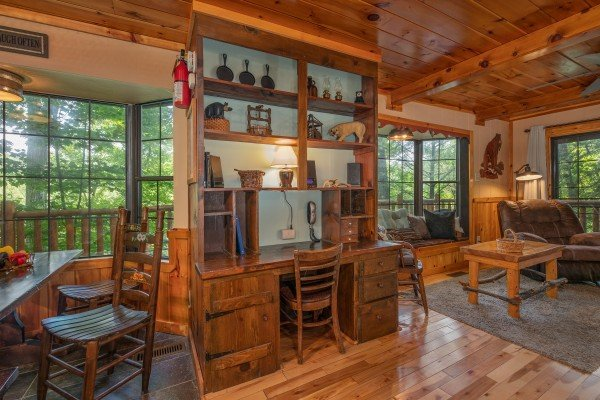 Built in desk at Hidden Pleasure, a 1-bedroom cabin rental located in Gatlinburg